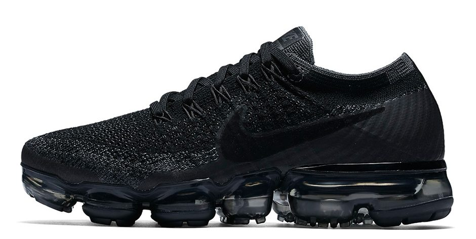 nike-vapormax-triple-black-849557-006-2
