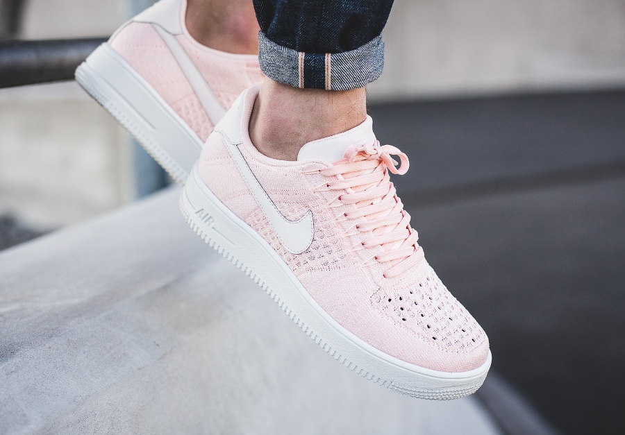 Chaussure-Nike-Air-Force-1-Low-Flyknit-Rose-Sunset-Tint